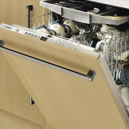 Integrated dishwasher door