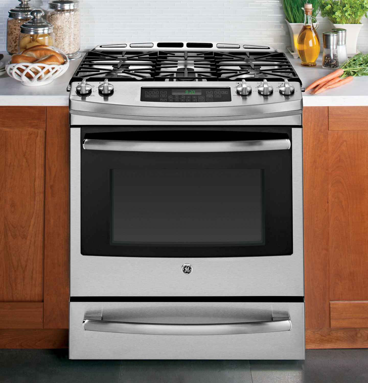 Kitchen Stoves And Ovens ~ Slide in vs freestanding what s the best range for your