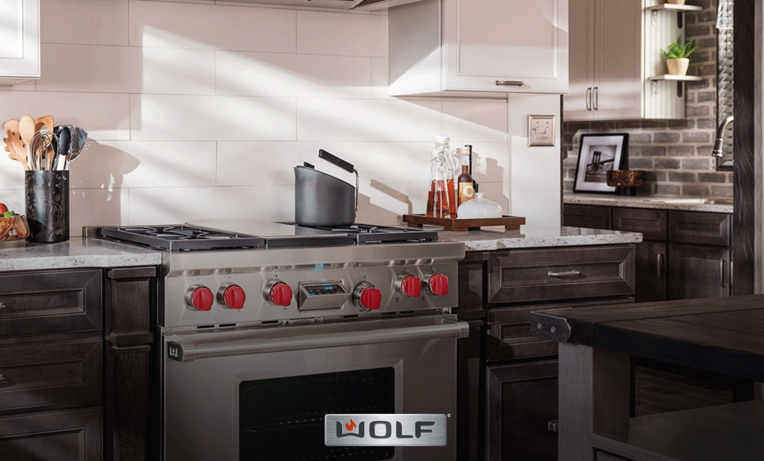 Wolf Range Review - Leading the Pack in High-End Kitchen Stoves