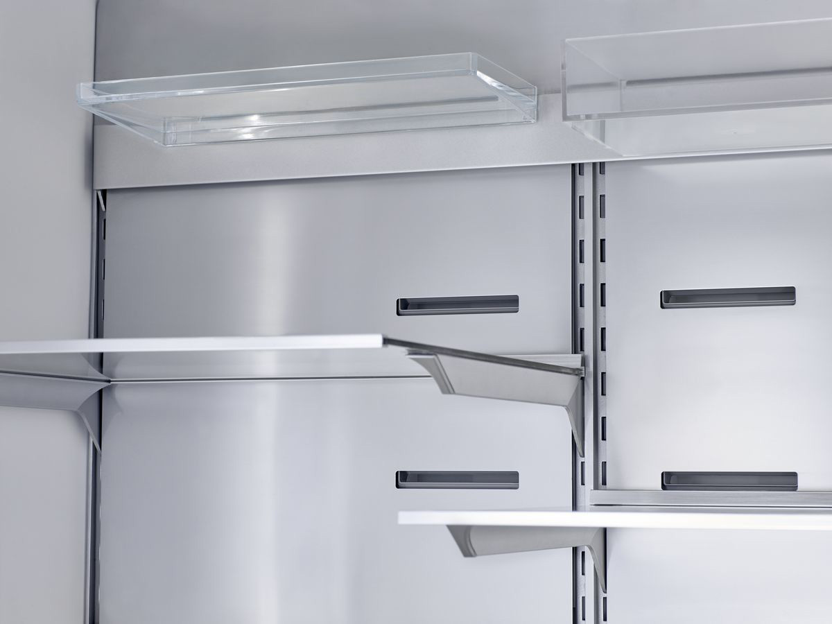 MCIM03176404_Interior_Stainless_Steel_Backwall_Fridge_A