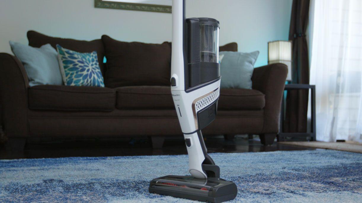 miele-triflex-hx1-standing-vacuum