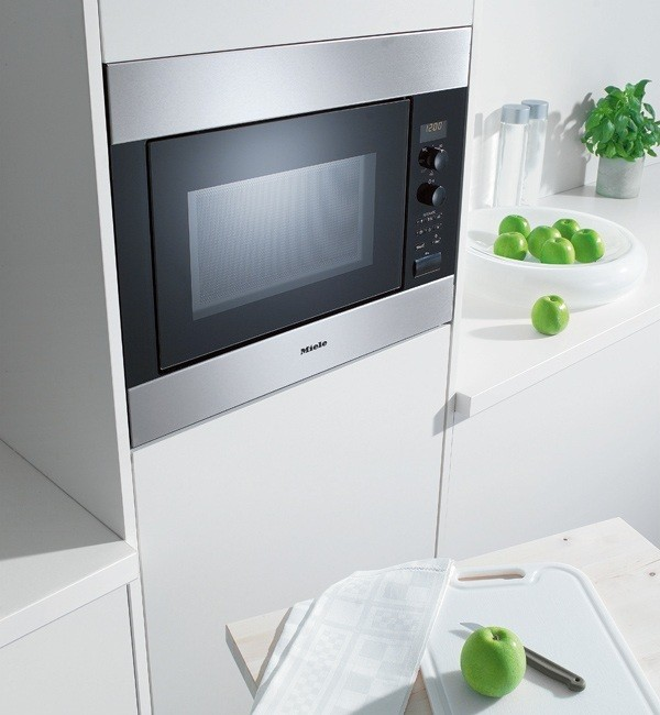 M8260 1 Miele Chef Built In Microwave Stainless Steel